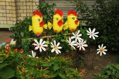 Handmade yard decorations are wonderful recycled crafts that can teach kids how to recycle plastic bottles and turn junk which pollutes the Earth into something unique and useful. Colorful handmade yard decorations adds interest to backyard designs and help save money on bought in stores designs for