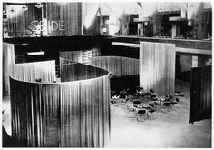 Velvet & Silk Cafe, Berlin, design: Lilly Reich and Ludwig Mies van der Rohe, 1927. /   © Globophot.