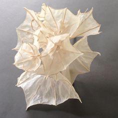 art sculpture lighting installation using plant- based handmade paper Abstract Sculpture, Sculpture Art, Organic Sculpture, Paper Sculptures, Sculpture Projects, Art Projects, Origami Paper Art, Paper Crafts, Cardboard Paper