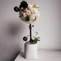 아 귀여운 #토피어리 봄느낌 ✔️케이라플레르 중급a . . . . . www.keira.kr  주문 및 수업문의 -카톡(케이라플레르)  #flower #fleur #꽃  #꽃스타그램 #blooming #blossom #플로리스트 #꽃다발포장법 #florist #플라워레슨 #꽃꽂이 #취미#꽃집창업 #케이라플레르 #keirafleur #florist김애진 #플로리스트김애진 #프렌치스타일 #프렌치플라워 #instaflower #플라워아카데미 #맞팔 #팔로우 #french #frenchflower #floristryschool #강남플로리스트학원 #강남플라워레슨