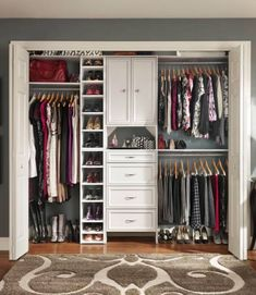 Closet Organization Tips For Small Closet : Amazing Ideas to Organize Closet Tips. Closet Organization Tips For Small Closet. Ikea Closet Organizer, Small Closet Organization, Closet Storage, Organization Ideas, Bedroom Organization, Storage Ideas, Closet Drawers, Wardrobe Organisation, Storage Units