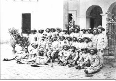 "Spanish colonial soldiers in Cuba & the Philippines wear the ""Rayadillo"" tropical uniform. The photo shows the ""Los Últimos de Filipinas"", the survivors of the last Spanish Garrison in the Philippines in Baler, Tayabas (now Quezon). It held out for 11 months before surrendering, beyond the cessation of hostilities between Spain & US and during the Philippine-American War. Then Philippine President Emilio Aguinaldo decreed that the survivors be treated ""Not as prisoners of war but as… Emilio Aguinaldo, Thing 1, Prisoners Of War, American War, Spanish Colonial, Ibiza, Philippines, Projects To Try, Photo Wall"