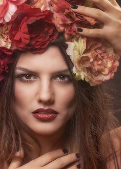Still looking for Marsala lips. Beauty Makeup, Hair Beauty, Marsala, Lips, Crown, Fashion, Moda, Corona, Fashion Styles