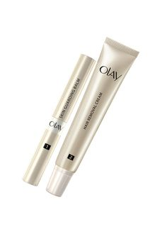 Thanks to the protective balm, the two-step Olay Smooth Finish Facial Hair Removal Duo depilatory erases hair without irritating skin.
