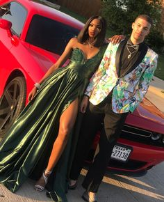 on prom szn in 2019 мода, стиль Homecoming Outfits, Prom Girl Dresses, Event Dresses, Formal Dresses, Prom Photos, Prom Pictures, Prom Pics, Prom Goals, Bae Goals