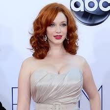 Ah, Christina Hendricks. The redhead looks stunning with cherry red lips to match her fiery locks, but it's her perfect complexion that always Red Carpet Hair, Red Carpet Dresses, Thing 1, Long Bangs, Hair Color And Cut, Long Bob, Christina Hendricks, Celebs, Celebrities