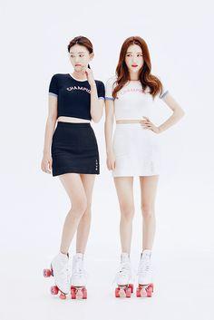 Side Love Embroidered With Slit Mini Skirt    Korean Fashion #CHUU