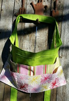 Half apron Garden apron craft kitchen waitress apron. Bright green and. & Beach chair or pool chair caddy / organizer | Pool chairs Beach ...