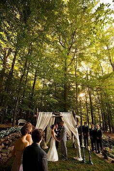 Small Backyard Weddings | ... wedding ideas. Real+Weddings:+Sarah+and+Zacs+$7,000+Backyard+Wedding