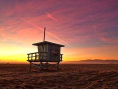Forget the colors of the wind and enjoy the colors of a Venice Beach sunset. Photo Credit Steven Gaskin. #VeniceBeach #LosAngeles #sunset