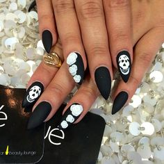 Black matte with white roses