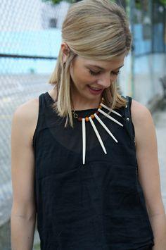 Δώσε ξεχωριστή αύρα στο little black dress σου στολίζοντας το με ένα ιδιαίτερο κολιέ! Περισσότερα στο www.brandsgalaxyfashion.com