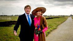 Koning Willem-Alexander en koningin Maxima tijdens een streekbezoek aan de Krimpenerwaard. (Foto: ANP)