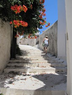 Hora, Kythera Mykonos, Santorini, Beautiful Islands, Beautiful Places, Greek Town, Greece Pictures, Greek Beauty, Greece Islands, Crete
