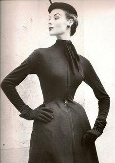Dior Dress 1952  Photo by Frances Mac Laughlin