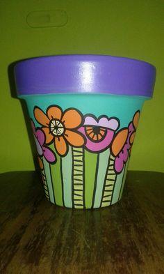 Flower Pot Crafts, Clay Pot Crafts, Diy And Crafts, Painted Plant Pots, Painted Flower Pots, Decorated Flower Pots, Hippie Designs, Terracota, Paint Pens