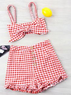 Summer Button Gingham Flat Elastic Mid Sleeveless Bandeau Loose Cute Beach and Beach Gingham Ruffle Knotted Two Piece Set Outfits For Teens, Casual Outfits, Cute Outfits, Fashion Outfits, Trendy Fashion, Mode Pastel, Crop Top Outfits, Sleeveless Crop Top, Harajuku Fashion