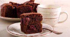 Mennyei meggyes kakaós süti: a legegyszerűbb kevert tészta - Recept | Femina Muffin, Sweets, Breakfast, Food, Morning Coffee, Gummi Candy, Candy, Essen, Muffins