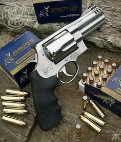 Manufacturer: Smith & Wesson Mod: S&W 500 Caliber - 500 Magnum Capacity - Capacidade: 5 Shot Barrel - Comp. Smith And Wesson Revolvers, Smith N Wesson, Weapons Guns, Guns And Ammo, 357 Magnum, Rifles, Hand Cannon, Revolver Pistol, Custom Guns
