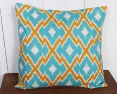 Housse de coussin 40x40 motif chevron ETHNIC turquoise et jaune : Textiles et tapis par zig-et-zag