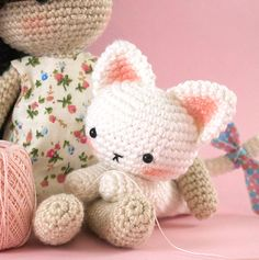 Sweet lying down kitty amigurumi pattern by LittleAquaGirl