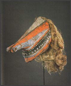 Malagan mask from New Ireland