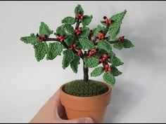 ACEBO DE GANCHILLO, ADORNOS DE NAVIDAD - YouTube Cactus Plants, Ideas Para, Aloe, Diy And Crafts, Planter Pots, 3d, Quilts, Tunisian Crochet, Cactus
