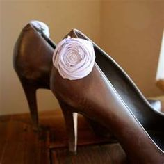lavender rosette shoe clips