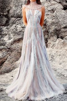 Newest Dress color Trending - Newest Dress color Trending Stunning Dresses, Beautiful Gowns, Pretty Dresses, Evening Dresses, Prom Dresses, Formal Dresses, Fantasy Gowns, Mode Inspiration, Dream Dress