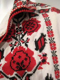 Beautiful VTg Palestinian Linen Bedouin Hand Cross stitched