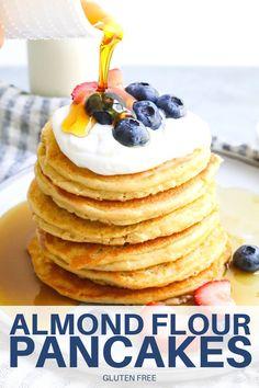 Easy Pancake Mix, Pancakes Easy, Banana Oatmeal Pancakes, Almond Flour Pancakes, Make Almond Flour, Gluten Free Breakfasts, How To Eat Paleo, Fall Recipes, Low Carb