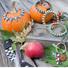 Fall Style! Plunder Design. Vintage Jewelry. Savvy Prices.   www.plunderdesign.com/simplycolie  Join me on Facebook- https://www.facebook.com/simplycoliejewelrystylist www.pinterest.com/coliejewelry www.instagram.com/simplycoliejewelrystylist www.simplycoliejewelrystylist.com