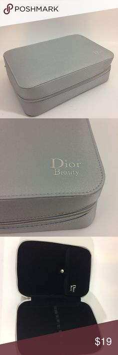 DIOR BEAUTY Gray Makeup Case Perfect condition Dior Bags Cosmetic Bags & Cases