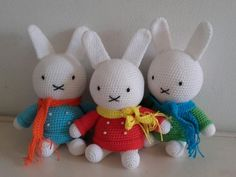 Long ear white crochet rabbit cute amigurumis, white rabbit in colorful sweater and scarf. Contact us and we can provide samples if you need.