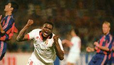 Final Champions, Estadio de Atenas, 18-5-1994, AC Milan, 4- FC Barcelona, 0. Gol de Desailly.