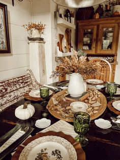 Country Decor, Country Style, Farmhouse Decor, Southern Style, Farmhouse Style, Fall Home Decor, Autumn Home, Kitchen Vignettes, Laundy Room