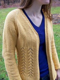 Hmmm.  Decisions, Decisions!     Ravelry: Really Fits Top Down Cardigan For All Seasons pattern by Kathy Cairns Hendershott