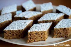 Krydderkake i langpanne | Det søte liv Krispie Treats, Rice Krispies, Banana Bread, Nom Nom, Sweets, Baking, Healthy, Recipes, Food