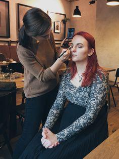 Svatební líčení v Brně #brno #makeupbrno #nejlepsivizazistkavbrne Backstage, Glasses, Makeup, Fashion, Eyeglasses, Maquillaje, Maquiagem, Fashion Styles, Face Makeup