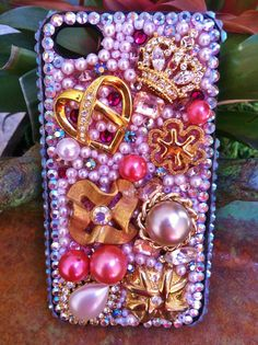 Gorgeous gold and pink vintage jewelry iPhone 4/4s Case
