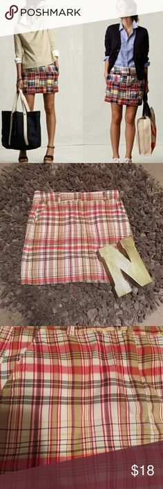 """GUC! J. Crew Mini Patchwork Skirt Sz. 6 This plaid mini is a staple piece for any preppy lady's wardrobe. 4 pocket detail.  Style is """"favorite fit"""" Nice red and gold in color Skirt length from waist 16 inches J. Crew Skirts Mini"""