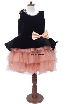 Layered Frock for Baby Girl Designer Flower Girl Dresses, Blush Flower Girl Dresses, Toddler Flower Girl Dresses, Kids Party Wear Dresses, Party Wear Indian Dresses, Birthday Girl Dress, Birthday Dresses, Designer Children, Frocks For Babies