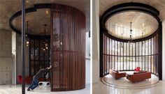 Fabian Tan Architect - revolving door to backyard