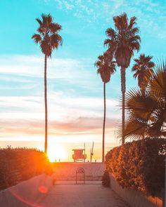 Golden Hour Los Angeles California by @debodoes by CaliforniaFeelings.com california cali LA CA SF SanDiego