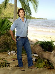 """Lost S6 Henry Ian Cusick as """"Desmond Hume"""""""