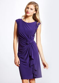 Possible bridesmaid dress for Andrea's wedding. <3 For info on becoming a Wize Bride, www.wizebrides.com <3