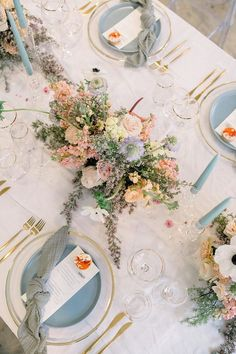 Indoor Avant-Garde Wedding Inspiration with Dusty Blues and Tangerine Beautiful blue and peach wedding centerpiece with modern tabletop decor Peach Wedding Centerpieces, Wedding Reception Decorations, Table Decorations, Reception Ideas, Wedding Favors, Floral Wedding, Wedding Dress, Whimsical Wedding Flowers, Chic Wedding