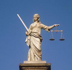 Justice | Fotografia de Joana Coelho | Olhares.com
