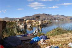 Ø af siv, Uros, i Titicaca-søen