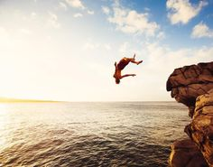 Change requires taking a leap of faith. #drink3water #caffeinatedwater #change #outdoorlife #outdooradventurephotos #adventure #cliffjumping #leapoffaith #fly #caffeineaddict #coffeealternative #dosomethingnew Delete Comment